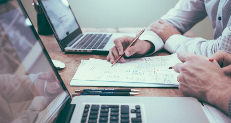 Web sårbarhedsskanning (også kaldet web vulnerability scan) gennemgås med kunden, som også få en fuld rapport, der kan dokumentere IT sikkerhedsindsatsen